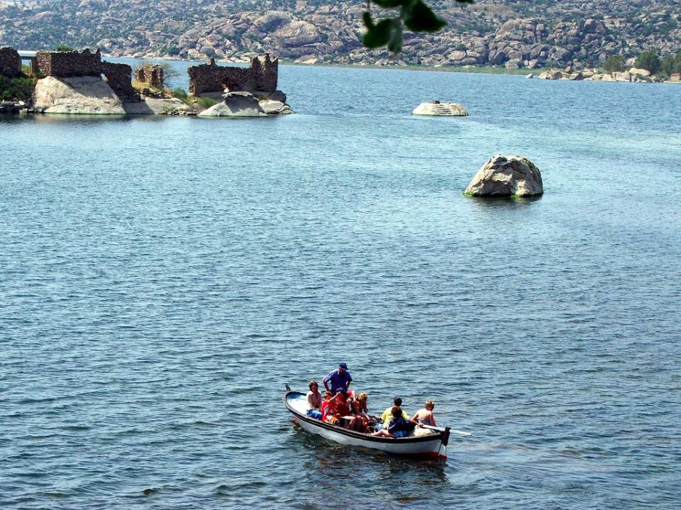 Bafa Gölü'de Gezinti