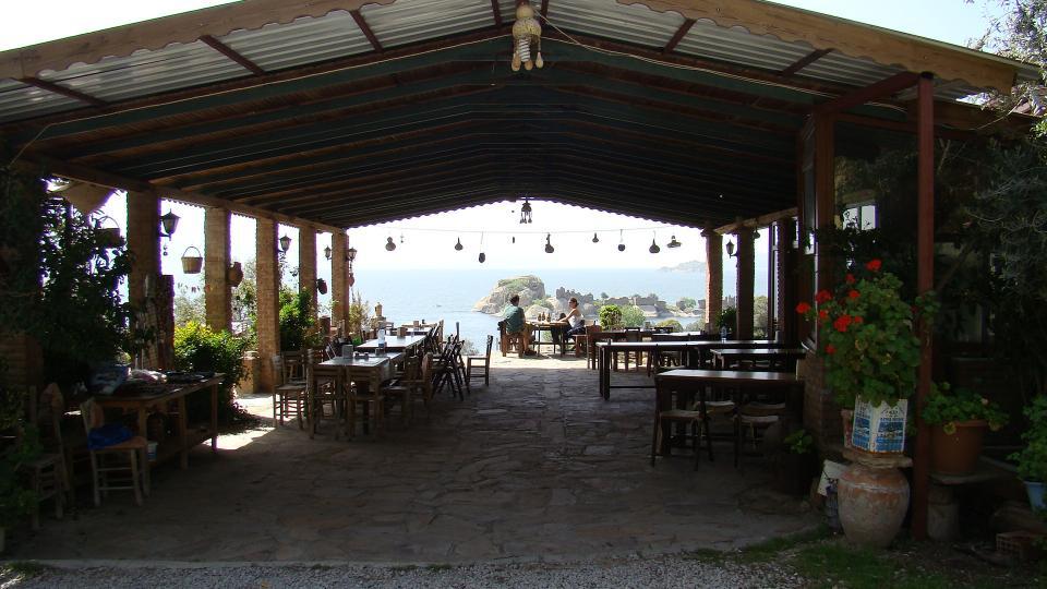 Bafa Gölü Mazarası