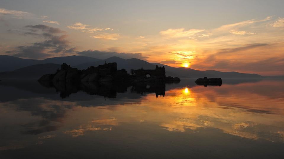 Bafa Gölünde gün sonu
